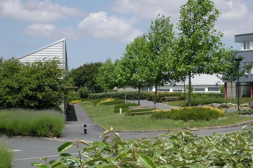 les jardins du centre plourin l s morlaix 29 atelierphilippemadec. Black Bedroom Furniture Sets. Home Design Ideas