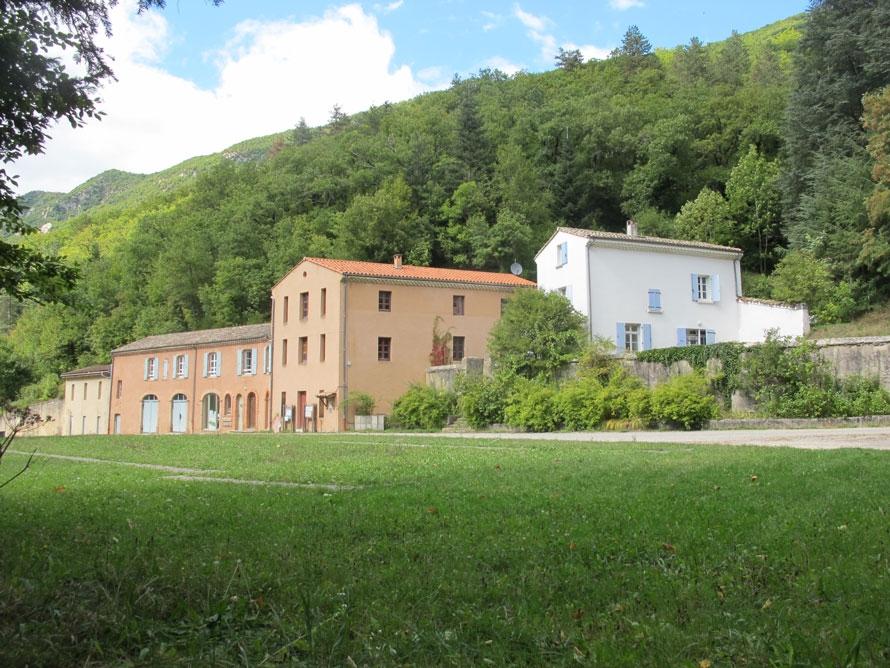 Maison de site et amenagement paysager foret de saou for Site amenagement maison